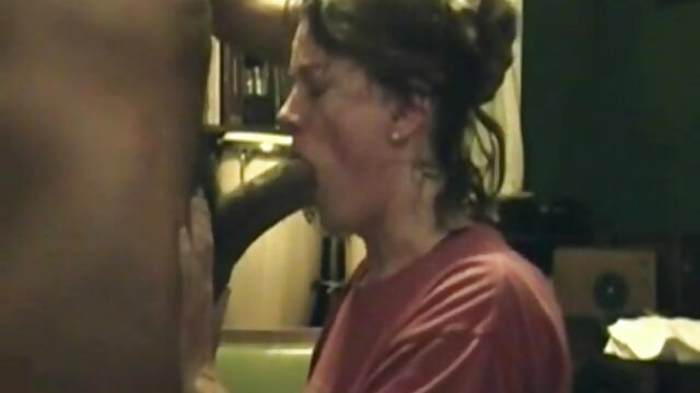 Erickson Nizigiyimana - Feliz fiesta de mierda (2012) video porno audio latino